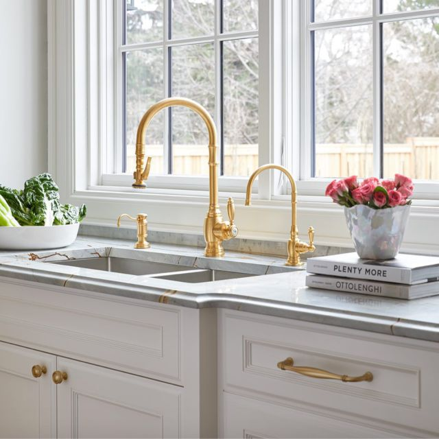 "Details matter. ⁠And upgrading your faucets can create the big visual change you're looking for!⁣⁠⁠⁠ ⁠⁠ Faucets can give a kitchen lots of character, adding subtle visual interest. ⁠⁣⁠⁠We outfitted the kitchen island, working area, and bar area with these gorgeous gold faucets.⁠⁠ ⁠⁣⁠⁠⁠ Small items such as — doorknobs, drawer pulls, cabinet-door handles — are ""the jewelry"" that can add style and sparkle to any space.⁠⁣⁠⁠⁠ ⁠⁠⁠ Project Napier⁠⁠ .⁠⁣⁠⁠⁠ .⁠⁣⁠⁠⁠ .⁠⁣⁠⁠⁠ .⁠⁣⁠⁠⁠ .⁠⁣⁠⁠⁠ #dvirainteriors #torontodesigners #interiordesign #kitchentrends #kitchenvibes #interiordesigner #faucetdesign #kitchenlove ⁠#goldfaucet⁣⁠⁠ #dreamhome #dreaminteriors #kitchenideas #kitchenremodel #dreamkitchen #bathroominspiration #bathroomreno #interiordesign #kitchengoals #designtrends #kitchensofinstagram #homedesign #luxuriouskitchens #luxurykitchens⁠⁠"